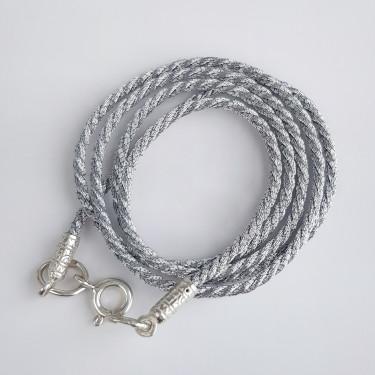 Шнурок на шею с серебряным наконечником  серебристый