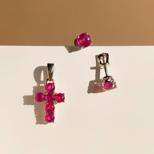 Женский крестик с природными рубинами малый